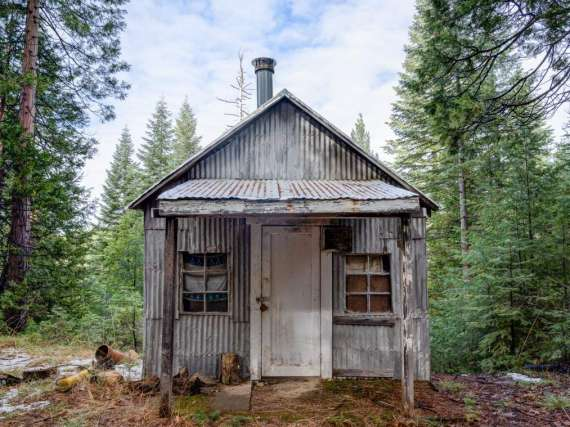 1950s Hunting Cabin on 24.57 Acres with Ridge Top Views